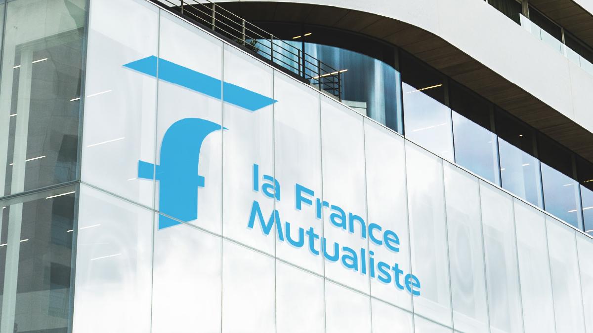 Logo façade La France Mutualiste - Designed by Curius
